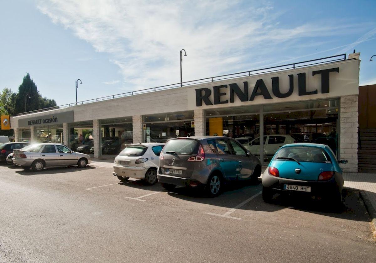 AUTOCARPE - RENAULT 9
